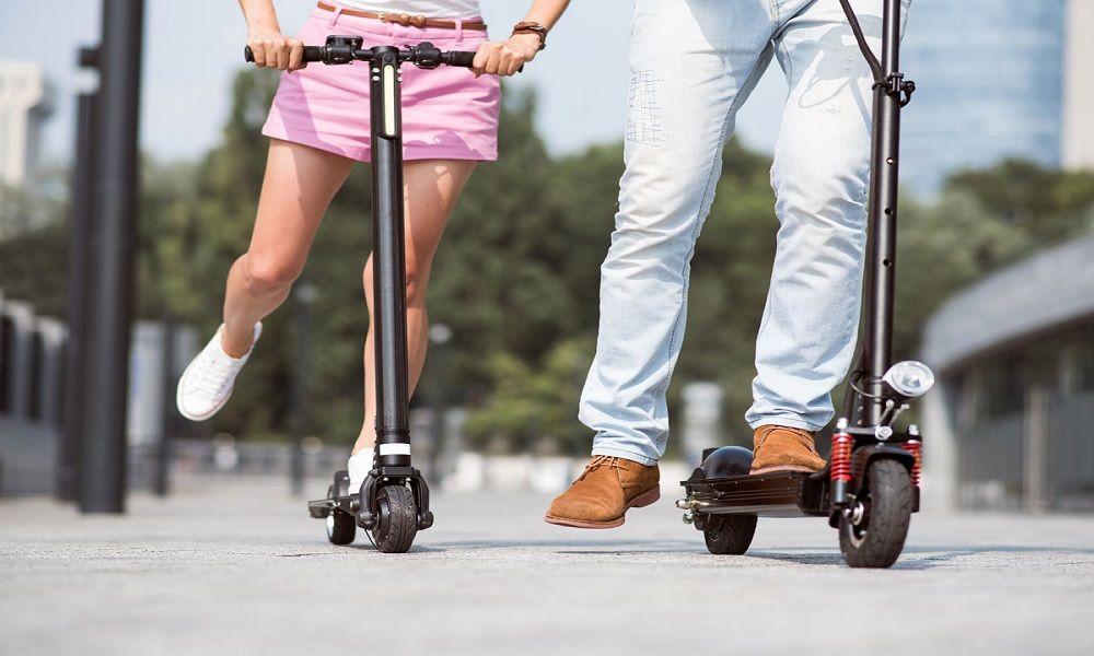 pasear con patinete eléctrico