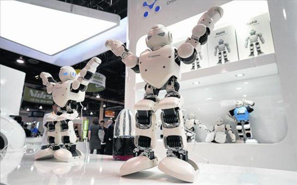 Robot pulsa botones