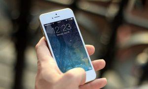 Apple vende menos iPhone que nunca